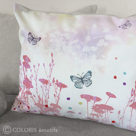 Coussin original ambiance nature, corail, blanc