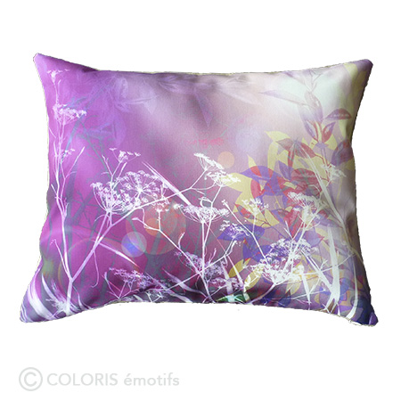 Coussin décoratif original, violet, dos lin bio, made in France